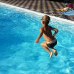 Ein überdachter Pool für jede Jahreszeit